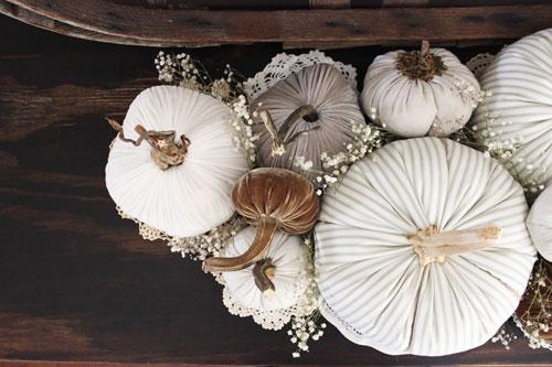 Fabric-Pumpkins-Doilies-and-Babies-Breath_H3