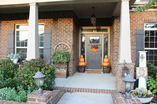 Fall-porch-with-homedepot