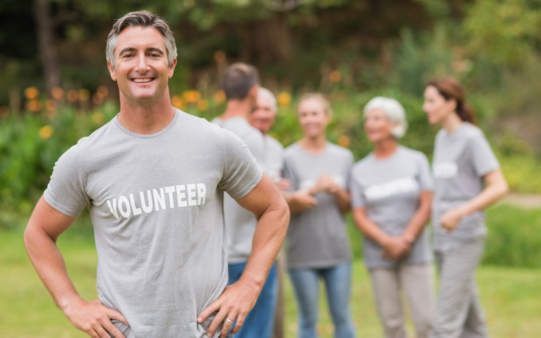 How Volunteering Helps Seniors