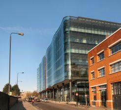 Kings_Place_from_York_Way_in_2009