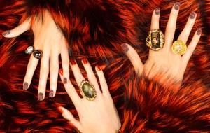 8 tonos de uñas para usar en las fiestas de fin de año
