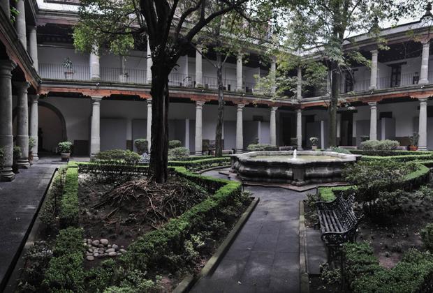 Los 7 museos que todos tienen que conocer en la CDMX - Museo-Franz-Mayer