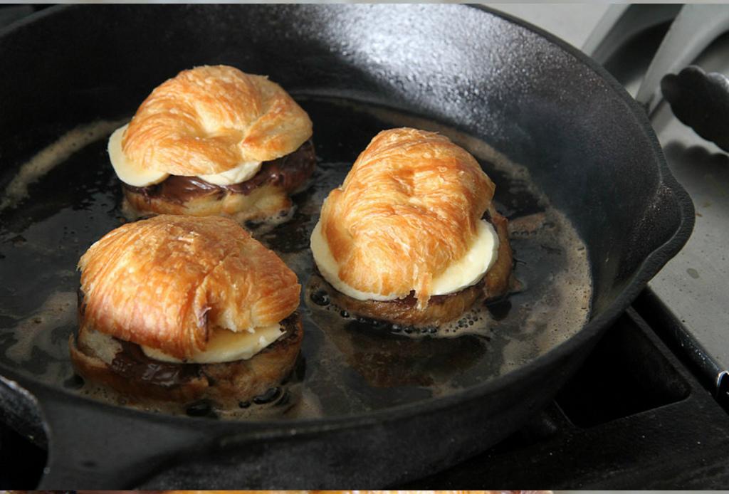 El desayuno perfecto para los amantes de la Nutella - Croissants