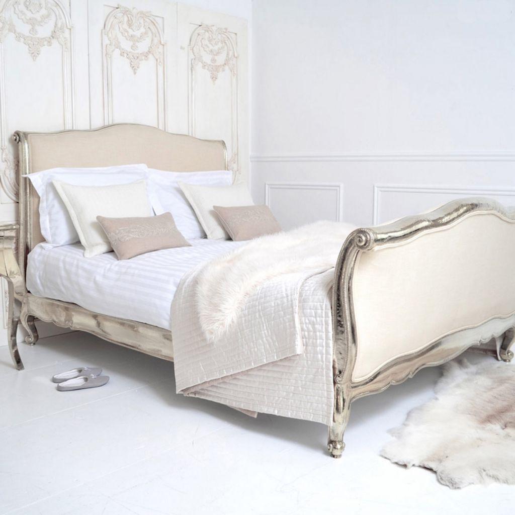 5 muebles en los que hay que invertir en tu primer depa - bed-frame