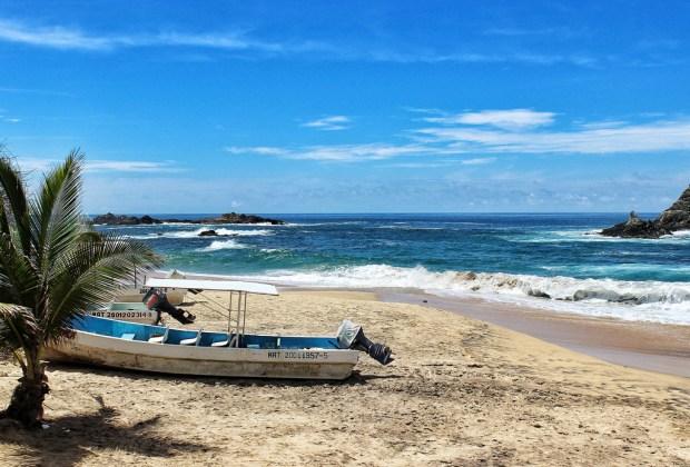 5 playas para escaparte en roadtrip desde la CDMX - mazunte-oaxaca-1024x694