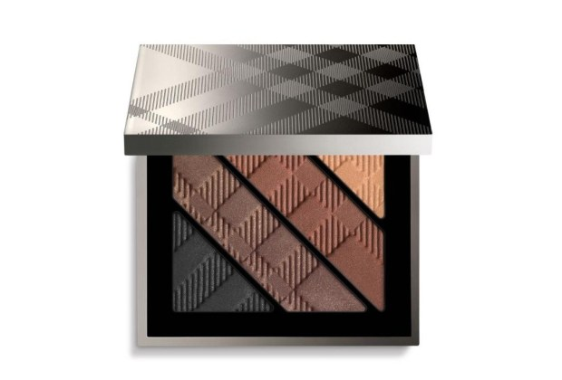 10 productos de maquillaje que mamá debe tener - Burberry-Beauty-Complete-Eye-Palette-dark-spice-1024x694