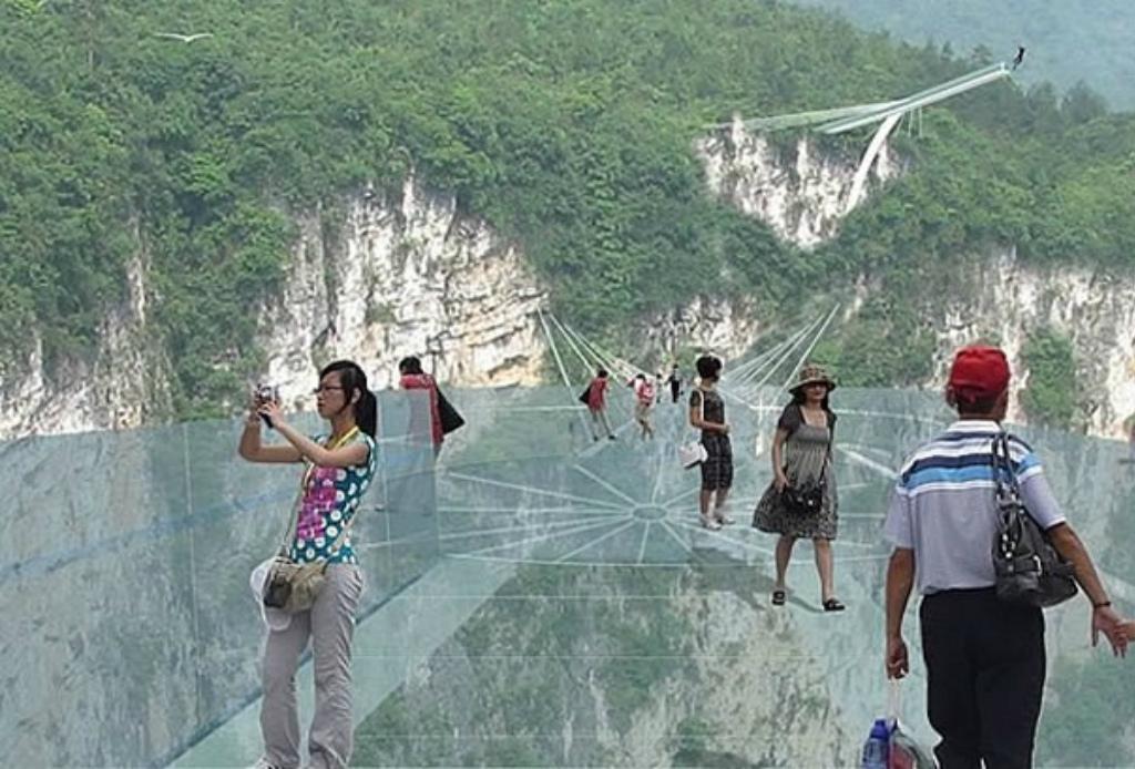 Van a construir el puente transparente más grande del mundo