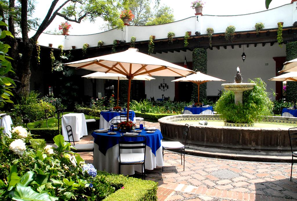 10 restaurantes de la CDMX para celebrar el 15 de septiembre - san-angel-inn