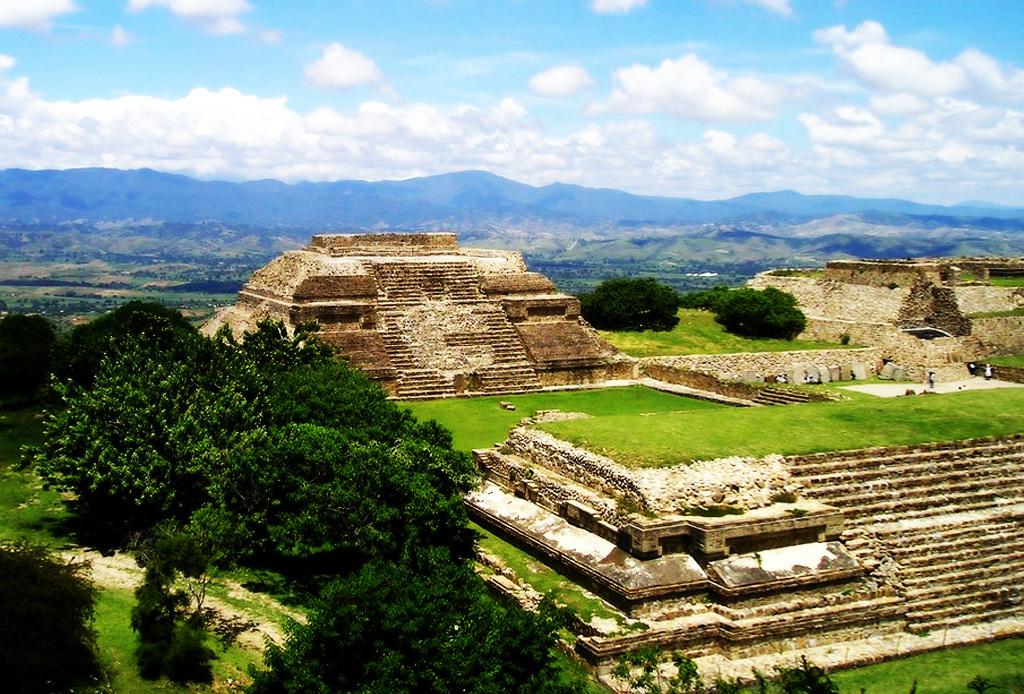 Este verano TIENES que visitar Oaxaca - Monte-alban