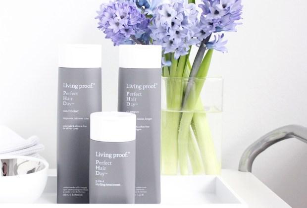 10 productos de belleza que DEBES probar - living-proof-1024x694