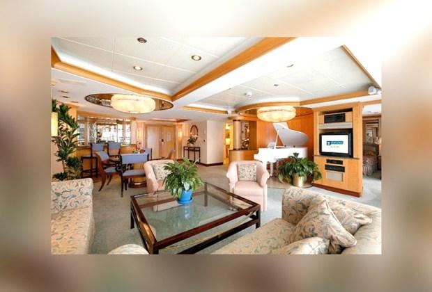 Las 5 suites de cruceros más exclusivas del mundo - royal-suite-enchanment-of-the-seas-1024x694