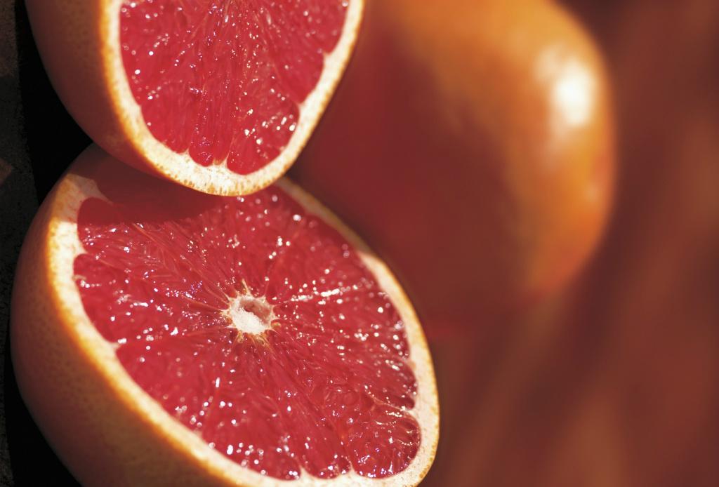 Alimentos convencionales VS superfoods - toronja