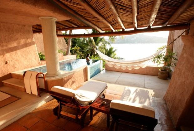 Los hoteles más exclusivos de México Vol. I - la-casa-que-canta-1024x694