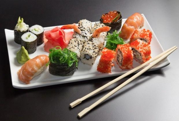 Los mejores restaurantes en la CDMX con servicio a domicilio - sushi-1024x694
