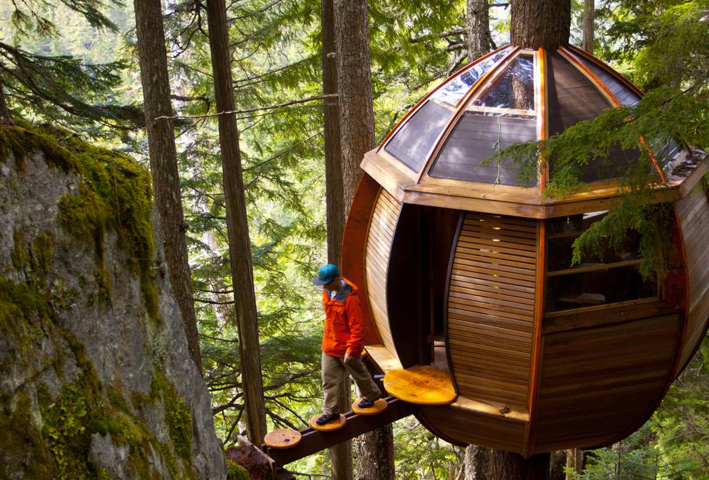 7 opciones de hospedaje para los amantes del ecoturismo - hemloft-casa-arbol-canada