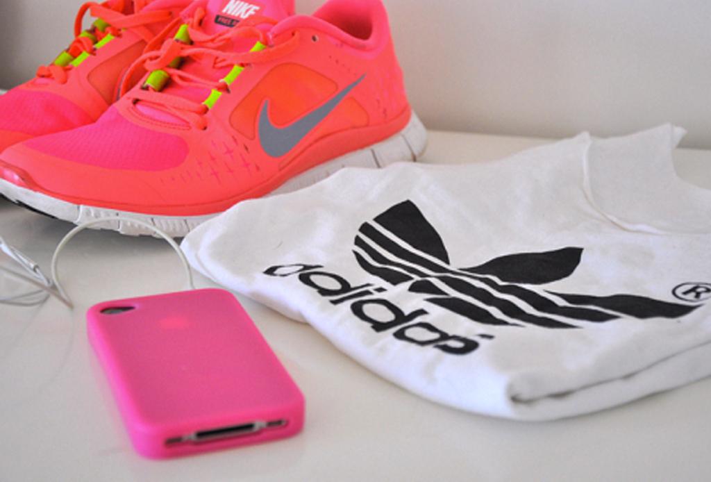 7 formas efectivas de motivarte para no faltar al gym - motivacion-comprar-ropa-deportiva