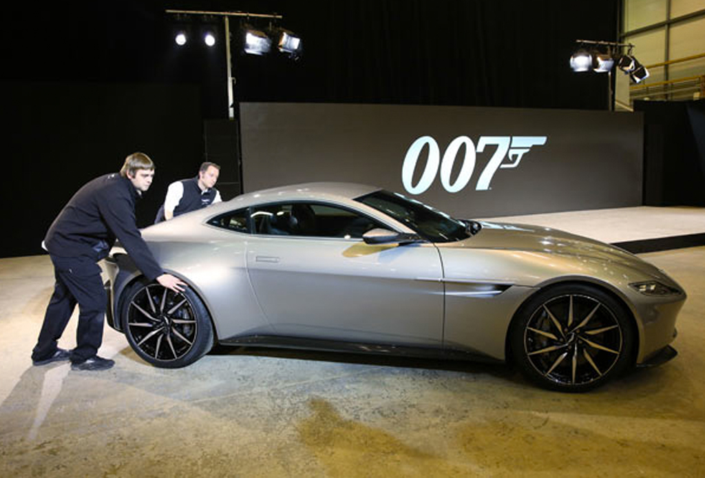 Aston Martin DB10: El primer miembro del cast de 'Spectre' - nuevo-aston-martin-james-bon-spectre-2