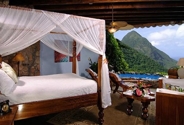 6 hoteles en donde podrás dormir bajo las estrellas - ladera-resort-caribe-1024x694