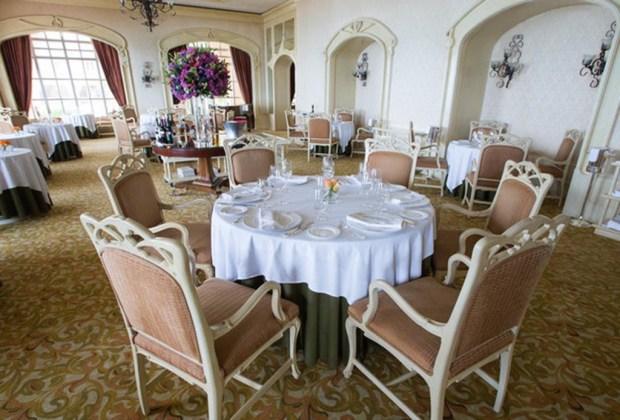 8 restaurantes que tienes que visitar cuando viajes a Cancún - 6-fantino-1024x694