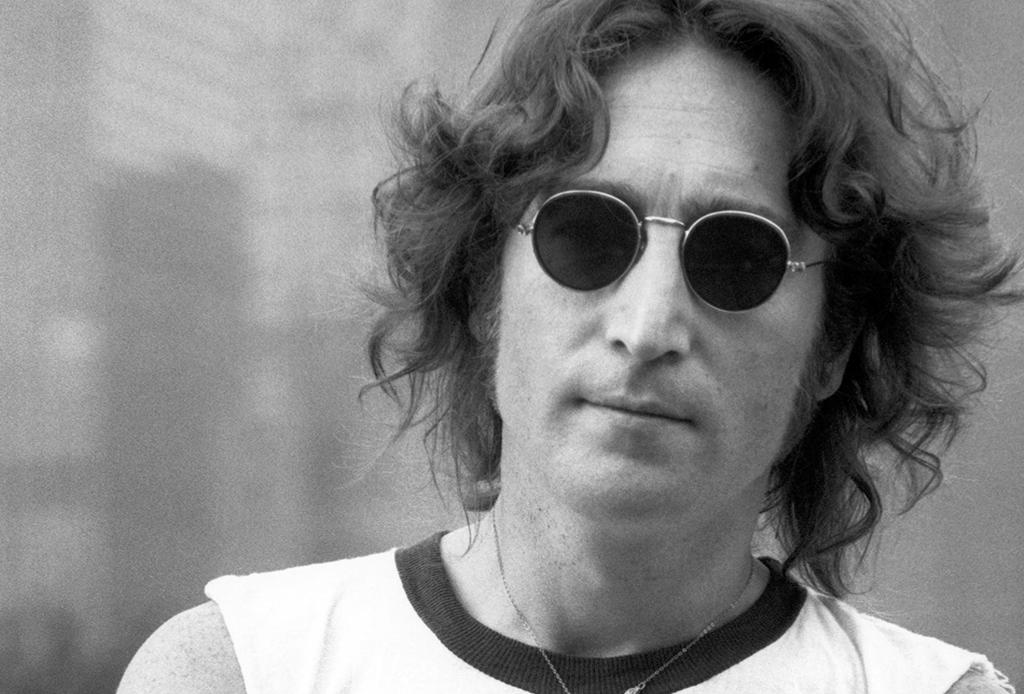 Escucha esta playlist de John Lennon para alegrar tu día