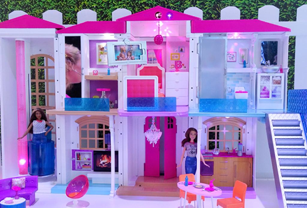 ¡La mansión de Barbie se vuelve hi-tech! - mansion-barbie-3