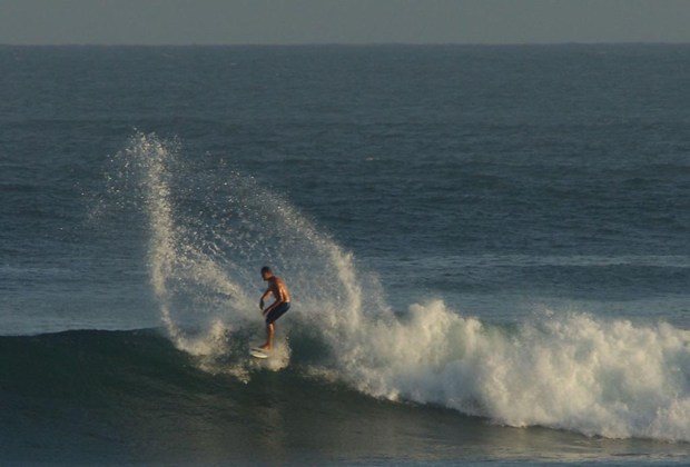 Los 7 mejores destinos para practicar surf en México - san-juanico-1024x694