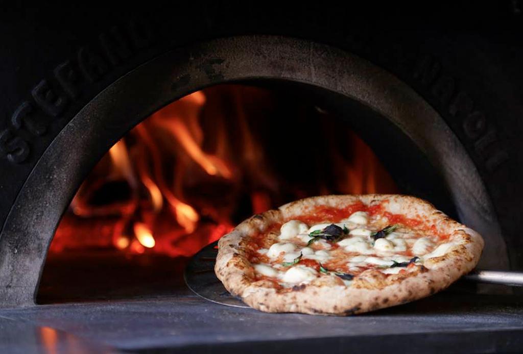 ¡Por fin! La primera pizza napolitana certificada en todo México - ardente