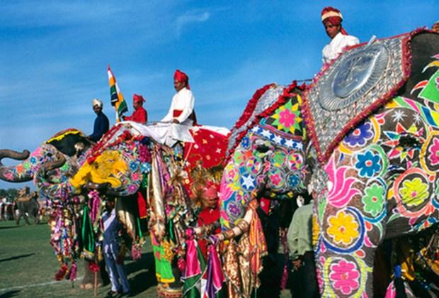 10 datos del Taj Mahal que probablemente no conocías - elefantes-1024x694