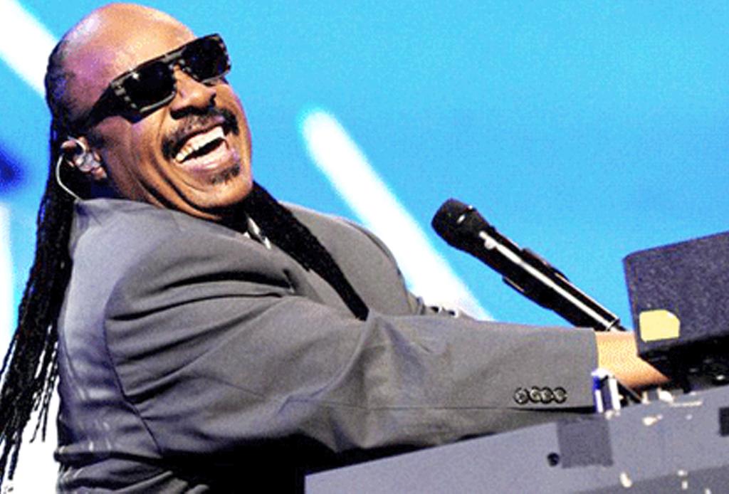 Escucha esta playlist con lo mejor de Stevie Wonder