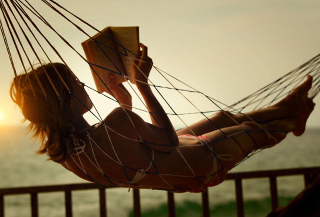 Con el tiempo que pasas en redes sociales podrías leer 200 libros al año - leer1-1024x694