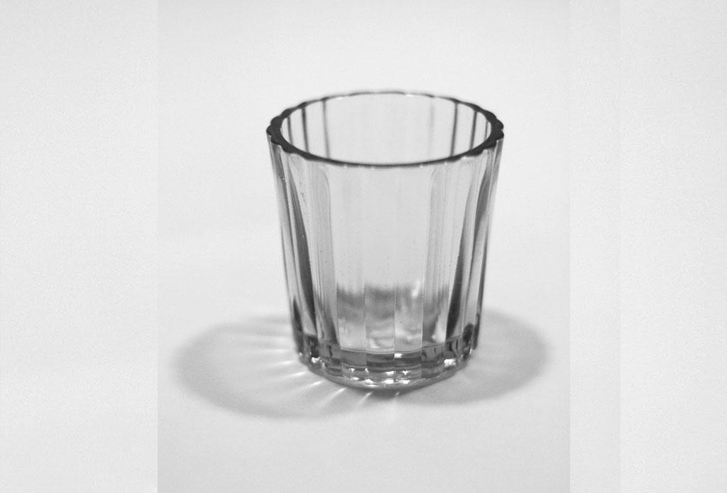 La forma CORRECTA de tomar mezcal - vaso-veladora