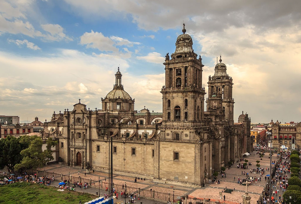 42 lugares para un inolvidable tour arquitectónico por la CDMX - catedral