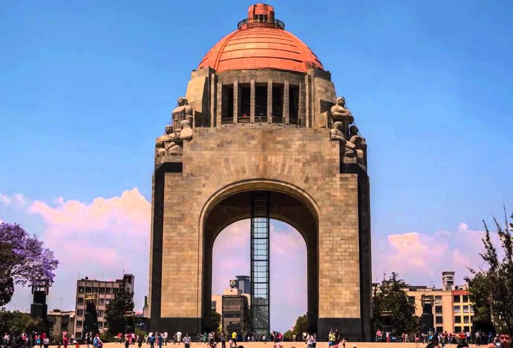 42 lugares para un inolvidable tour arquitectónico por la CDMX - monumento-revolucion