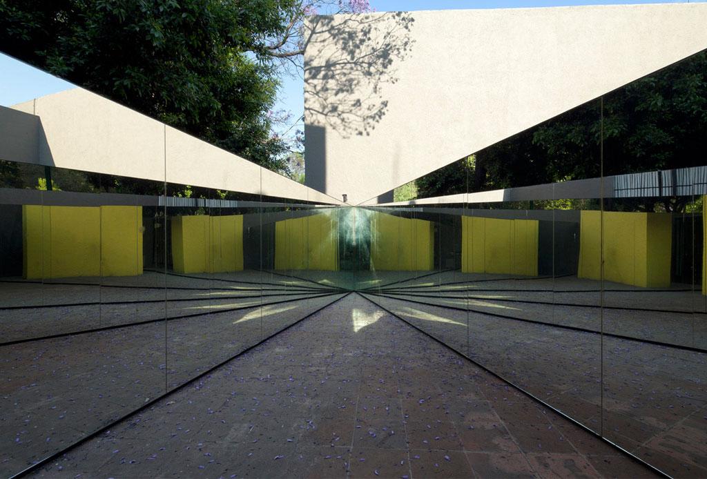 42 lugares para un inolvidable tour arquitectónico por la CDMX - museo-del-eco