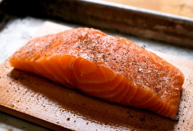 7 alimentos que mejoran la concentración - salmon-1024x694