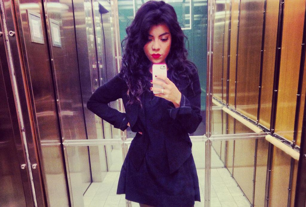 Las 10 fotos que TODOS hemos subido a Instagram - selfie-espejo-instagram