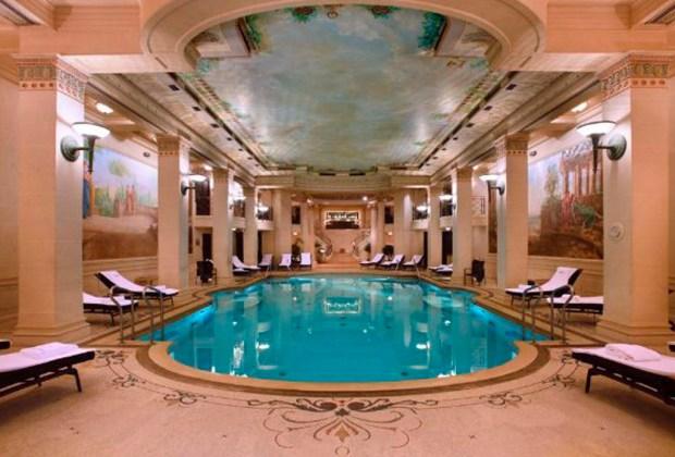Descubre el primer Spa de Chanel en París - alberca-1-1024x694