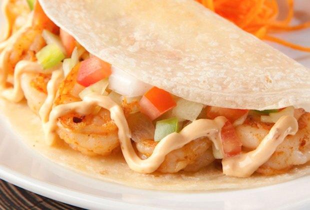Prueba los mejores tacos gobernador de la CDMX - tacos-camaron-cabanna-1024x694