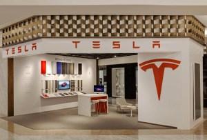 Tesla presenta su pop-up store en El Palacio de Hierro