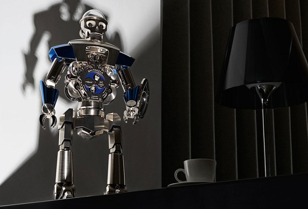 Balthazar: Un impresionante robot-reloj de dos caras