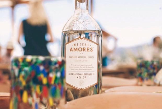 7 mezcales para celebrar en cualquier ocasión - mezcal-amores-1024x694