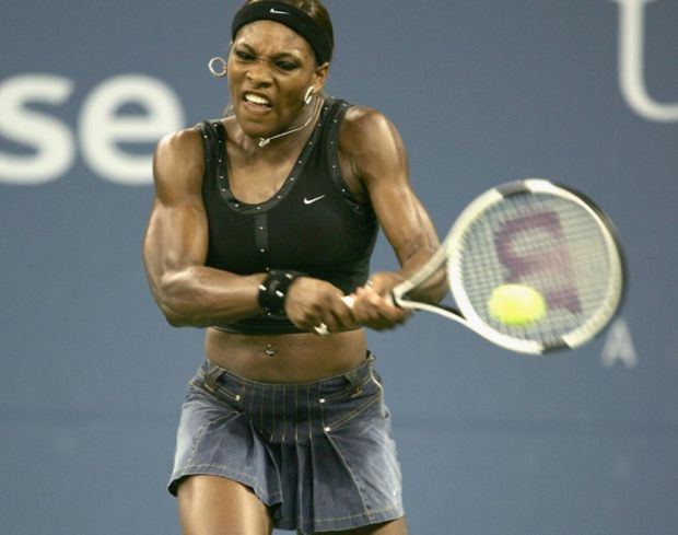 Los mejores outfits de Serena Williams - mezclilla-1024x808