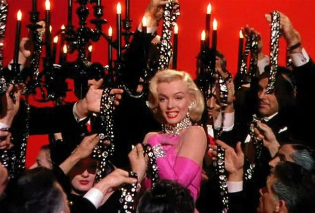 Los diamantes más memorables del cine - los-caballeros-las-prefieren-rubias-1024x694