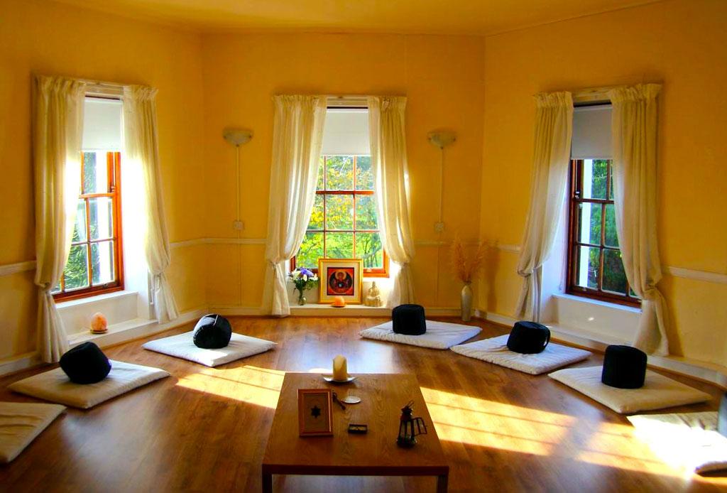 7 pasos para crear un espacio de meditación en tu hogar - meditacion-6