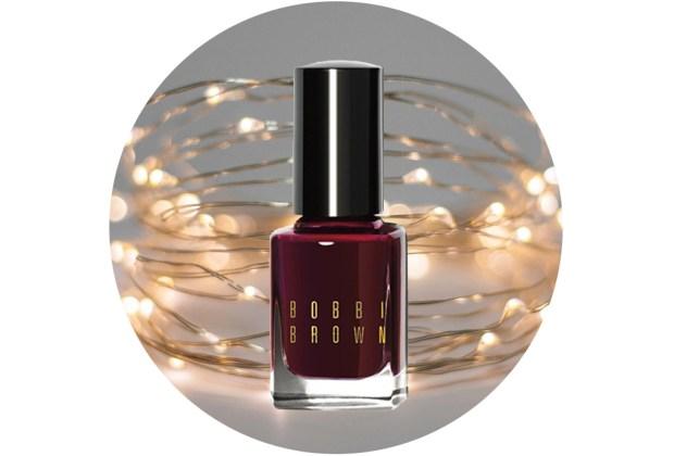 10 nuevos esmaltes de uñas para usar esta temporada de fiestas - bobby-brown-wine-1024x694