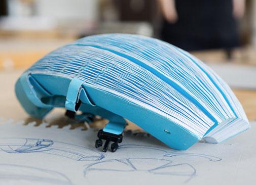El casco plegable que todo ciclista urbano querrá - ecohelmet-3