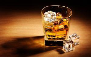 6 whiskys que DEBES probar en las fiestas de fin de año