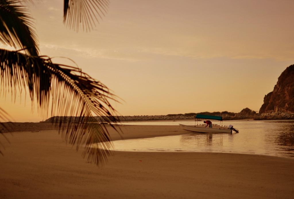Las mejores playas vírgenes de México - playa-oaxaca