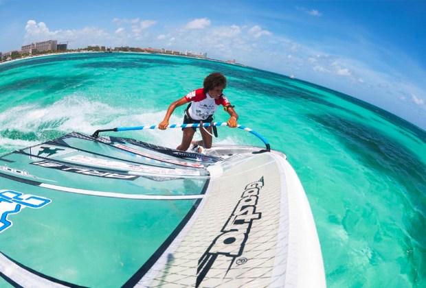 6 actividades de ecoturismo para hacer en Aruba - aruba-ecoturismo-windsurf-1024x694