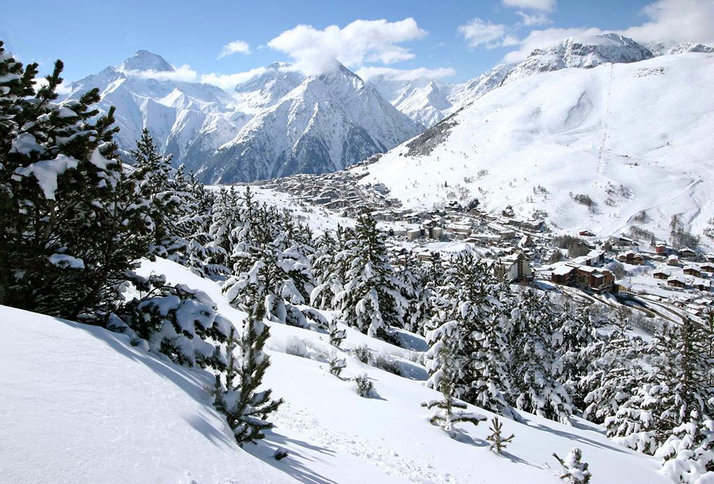 Conoce el primer hotel en las montañas en Europa del Four Seasons